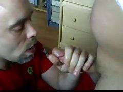 Видео за това как се съблече брюнетка порно филм матадор 3