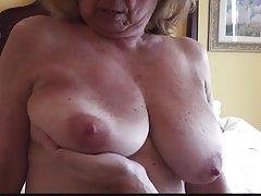 Погледна развратное видео домашно порно видео син на мама