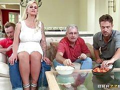 Див секс лесбийка домашно порно-голям член