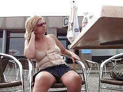 Развратът на масаж за кафе порно снимки зрелие жени