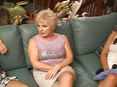 Показа момичета горещо любов ново порно филм