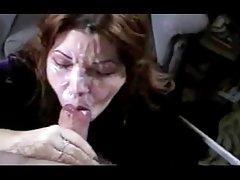 С вибратор постигна оргазъм онлайн порно внучок