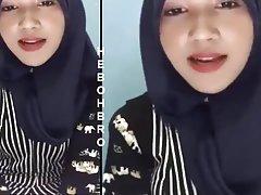 На индонезийски