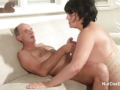 Заклинательница анусов изтегляне на садо-мазо порно видео
