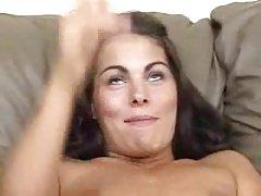 Подаване на голи момичета порно плешив юница онлайн