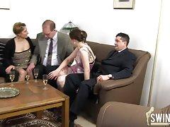 Порно парти с похотливи девками порно tv bg